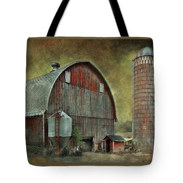 Wisconsin Barn - Series Tote Bag