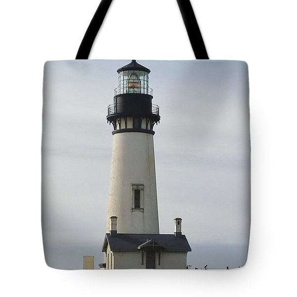 Tote Bag featuring the photograph Yaquina Bay Lighthouse by Susan Garren