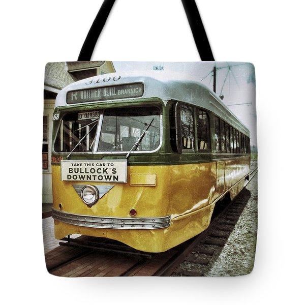 Yellow Car - Los Angeles Tote Bag