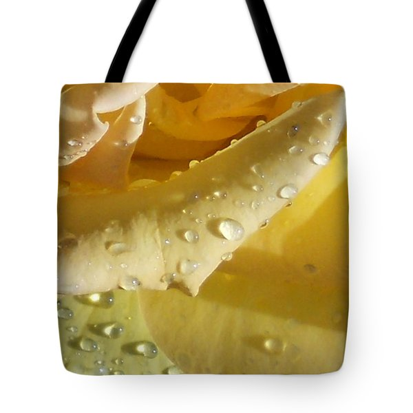 Tote Bag featuring the photograph Yellow Rose Raindrops by Diannah Lynch