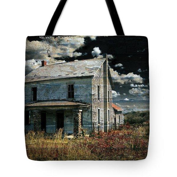 Yoooo Hooooo Tote Bag by Lois Bryan