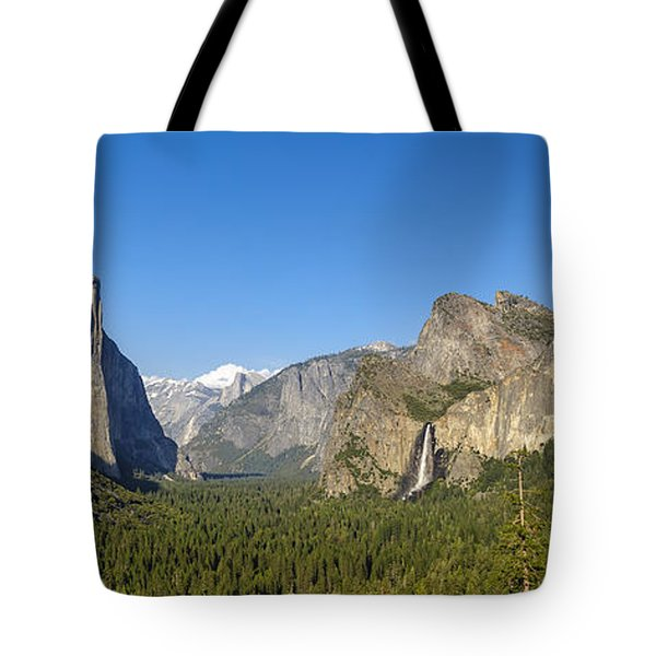 Tote Bag featuring the photograph Yosemite Valley Moonrise by Steven Sparks
