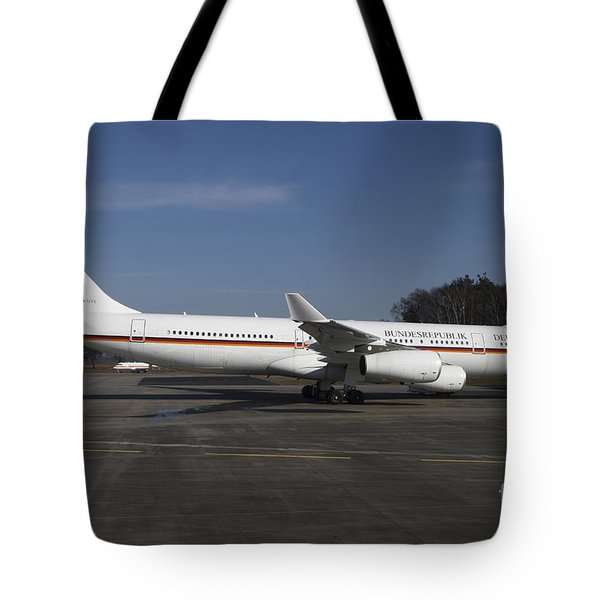 An Airbus 340 Acting As Air Force One Tote Bag by Timm Ziegenthaler