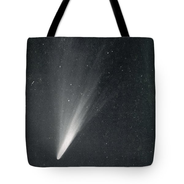 Comet West, 1976 Tote Bag by Science Source