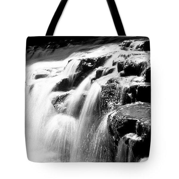 Corbetts Glen Bw Tote Bag