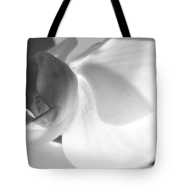 Tote Bag featuring the photograph Orchid by Kume Bryant