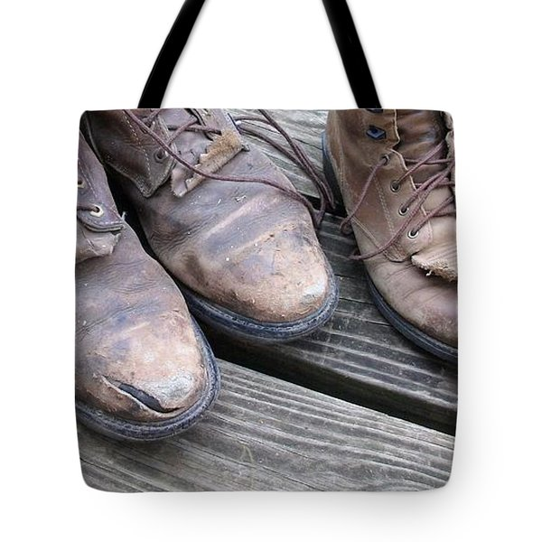 'sole' Mates Tote Bag