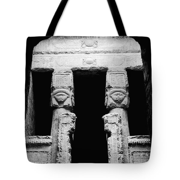 Temple Of Hathor Tote Bag by Photo Researchers, Inc.