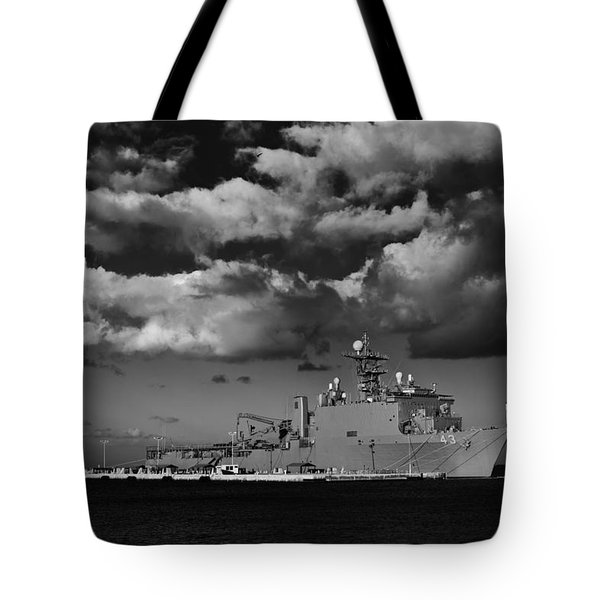 Uss Fort Mchenry Tote Bag