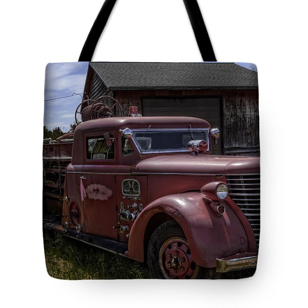 Tote Bag featuring the photograph 1939 American Lafrance Foamite by Tom Gort