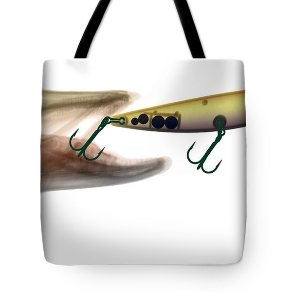 Xray Of Muskie And Lure Tote Bag