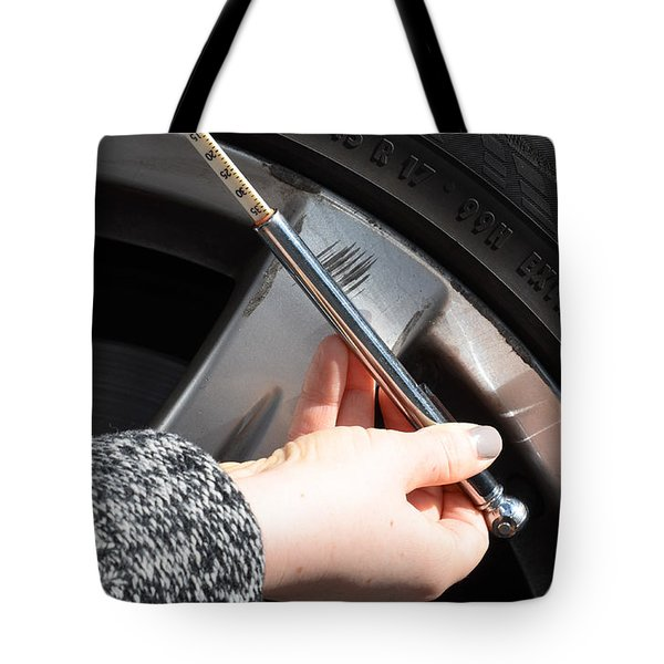 Air Pressure Gauge Tote Bag by Photo Researchers