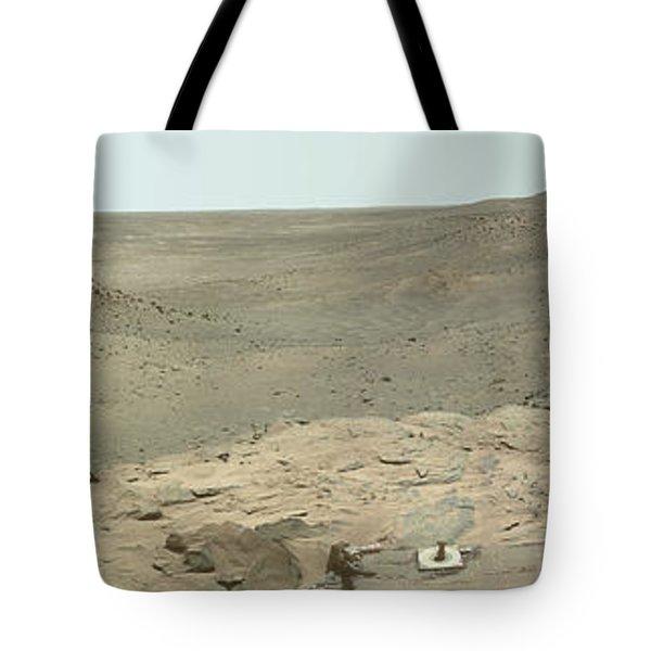 Panoramic View Of Mars Tote Bag by Stocktrek Images