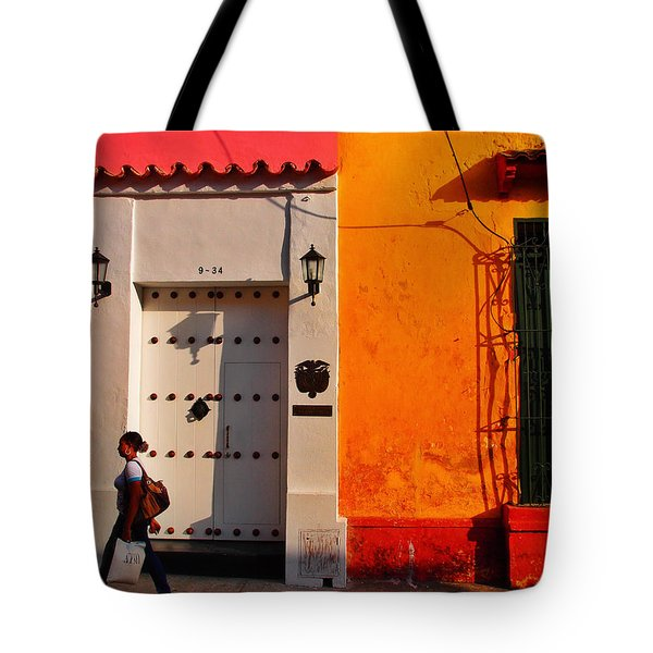 9-34 Tote Bag