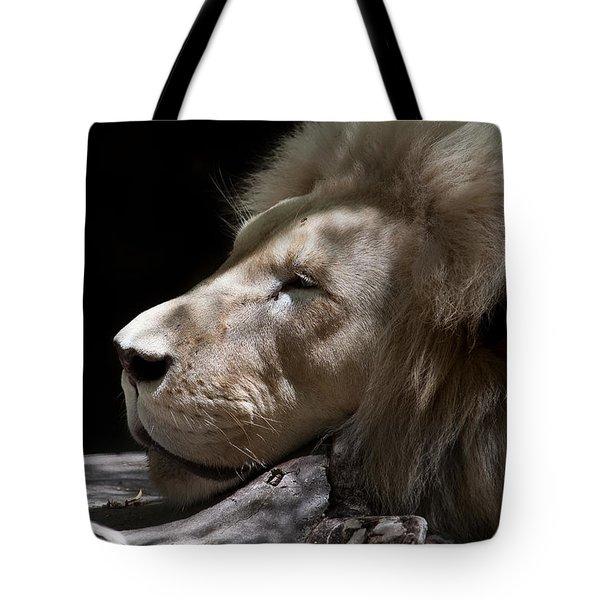 A Lions Portrait Tote Bag by Ralf Kaiser