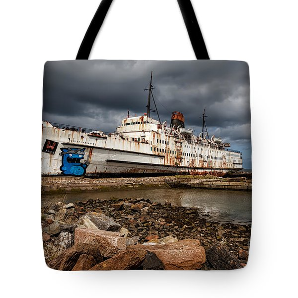 Abandoned Ship Tote Bag