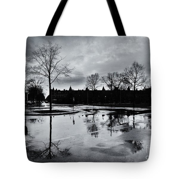 Den Haag After The Rain Tote Bag