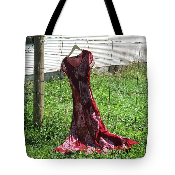 Tote Bag featuring the photograph Air Out To Dry by Tina M Wenger