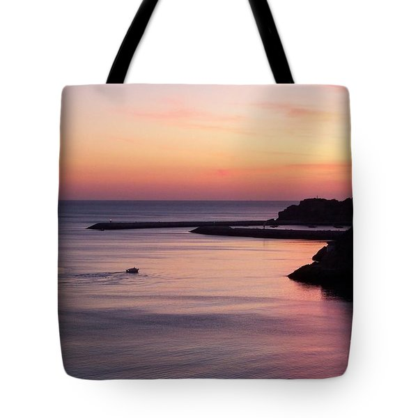 Tote Bag featuring the photograph Albuferian Sunset by Lynn Bolt