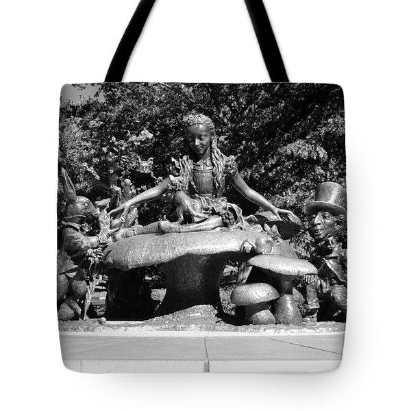 Alice In Wonderland In Central Park In Black And White Tote Bag