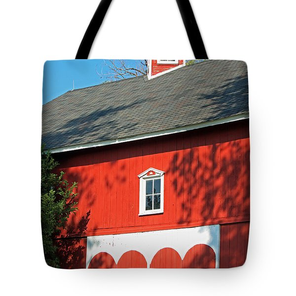 Amish Barn In Shadows Tote Bag by Suzanne Gaff