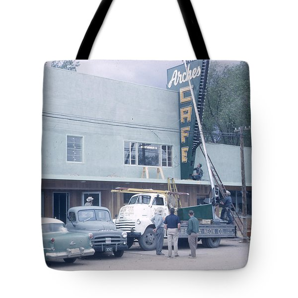 Arches Cafe Tote Bag