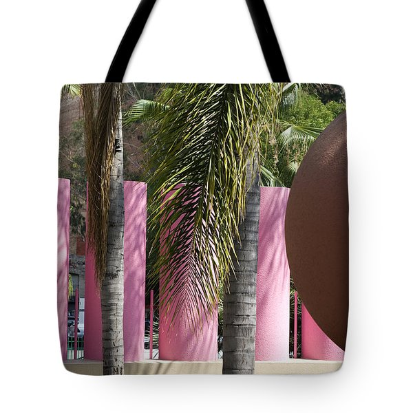 Tote Bag featuring the photograph Around In Pershing Square by Lorraine Devon Wilke