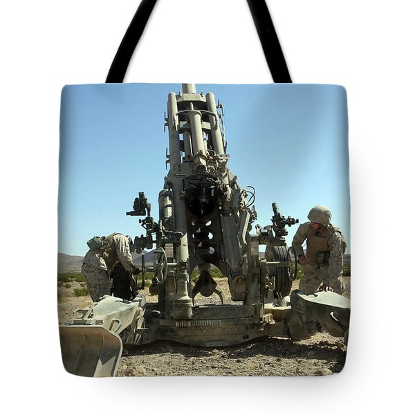 Artillerymen Manning The M777 Tote Bag by Stocktrek Images