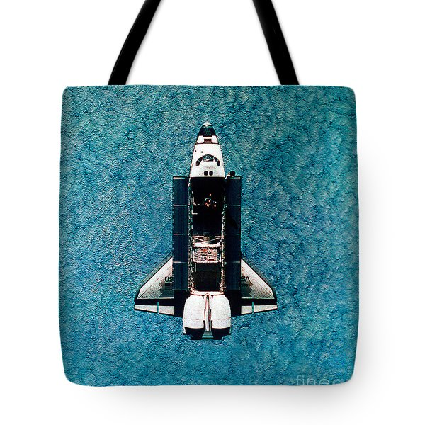 Atlantis Space Shuttle Tote Bag by Science Source