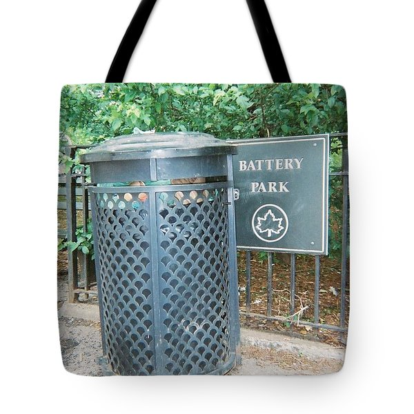 Tote Bag featuring the photograph Battery Park by Lola Connelly