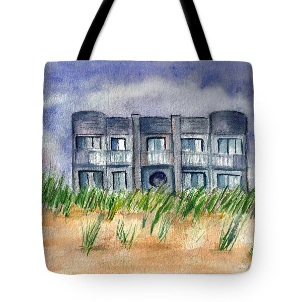 Tote Bag featuring the painting Beach House by Clara Sue Beym