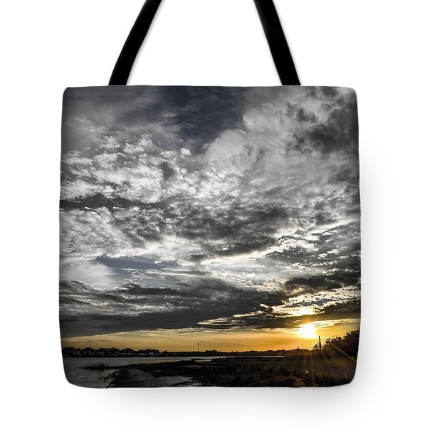 Tote Bag featuring the photograph Beautiful Days End by Shannon Harrington