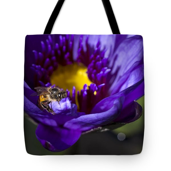 Bee Hug Tote Bag