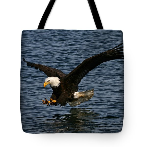 Tote Bag featuring the photograph Before The Strike by Doug Lloyd