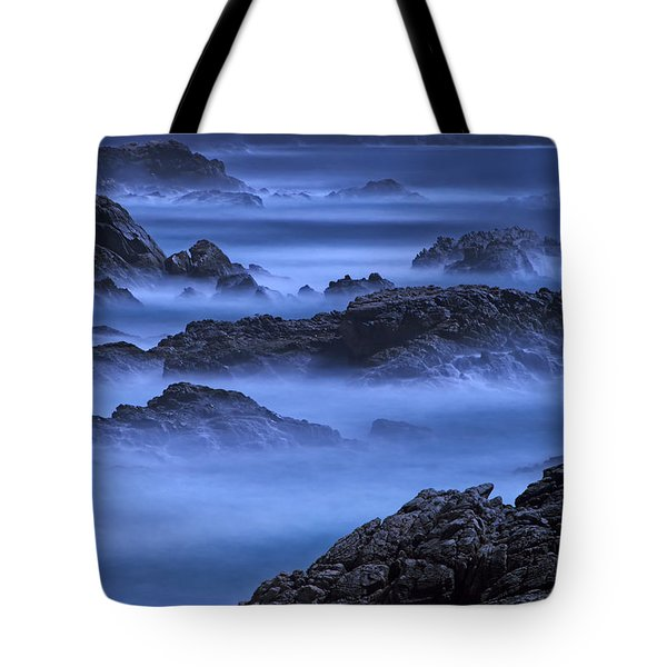 Tote Bag featuring the photograph Big Sur Mist by William Lee