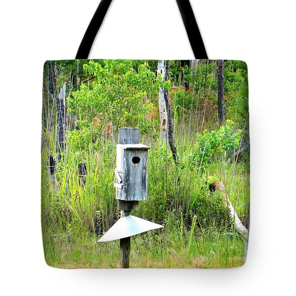 Tote Bag featuring the photograph Bird Feeder by Ester  Rogers