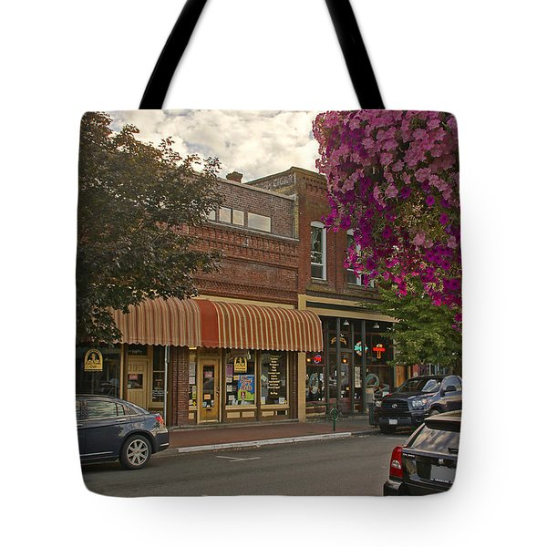 Blind Georges And Laughing Clam On G Street In Grants Pass Tote Bag