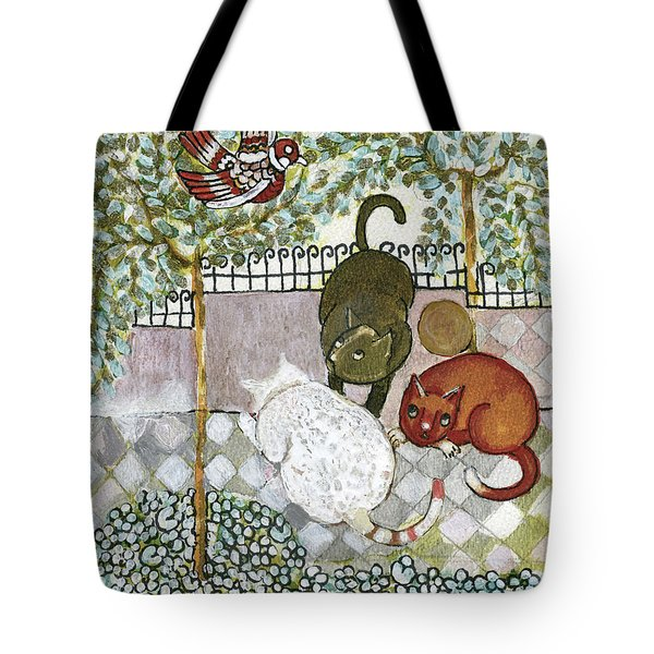 Brown And White Alley Cats Consider Catching A Bird In The Green Garden Tote Bag by Rachel Hershkovitz