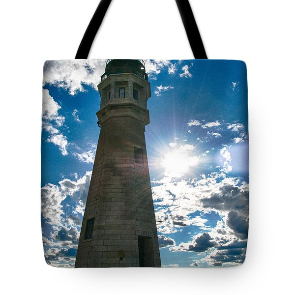 Buffalo Lighthouse 15717c Tote Bag by Guy Whiteley