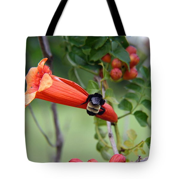 Tote Bag featuring the photograph Bumblebee On The Red Trumpet by Ester  Rogers