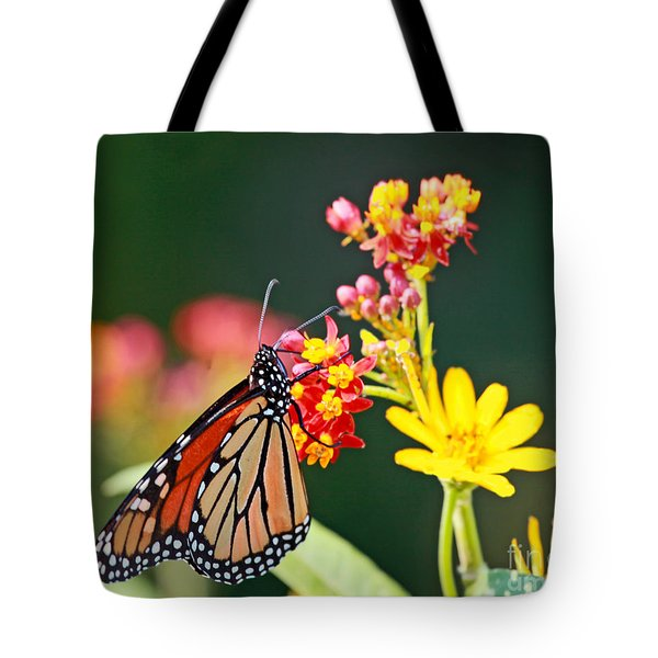 Butterfly Monarch On Lantana Flower Tote Bag