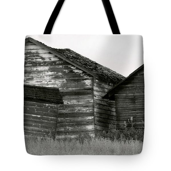 Tote Bag featuring the photograph Canadian Barns by Jerry Fornarotto