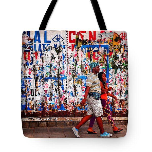 Tote Bag featuring the photograph Cenal Truckin' by Skip Hunt