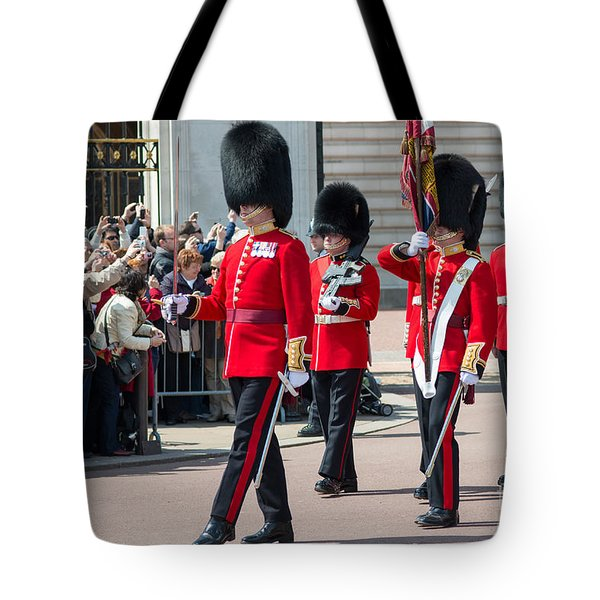 Changing Of The Guard At Buckingham Palace Tote Bag