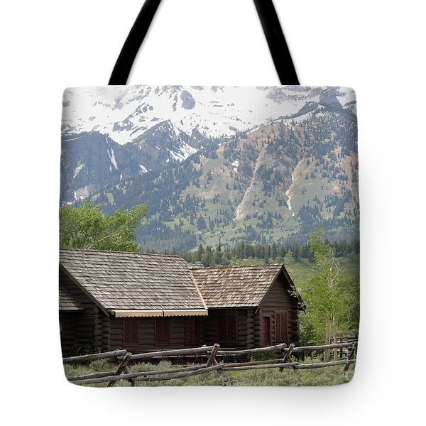 Chapel Of The Transfiguration Episcopal Tote Bag by Living Color Photography Lorraine Lynch