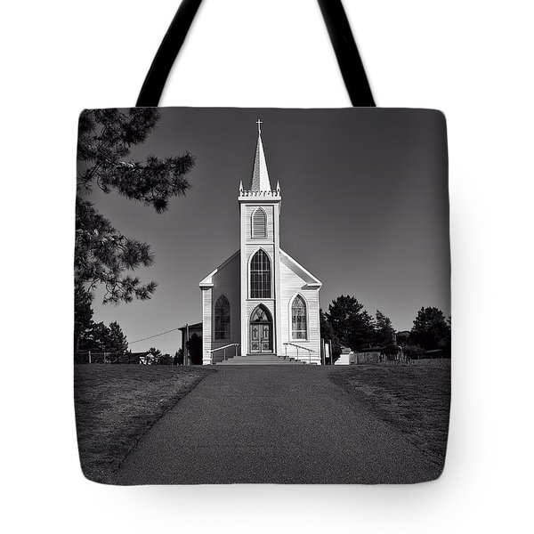 Church St Teresas Of Avila  Tote Bag by Garry Gay