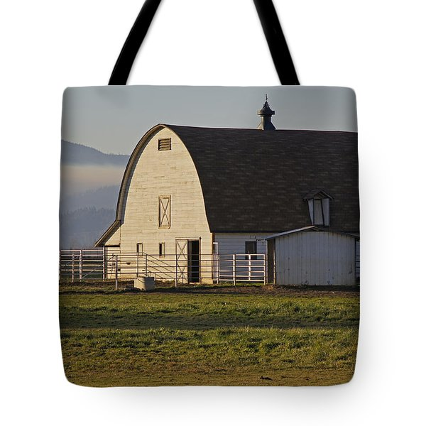 Classic Barn Near Grants Pass Tote Bag by Mick Anderson