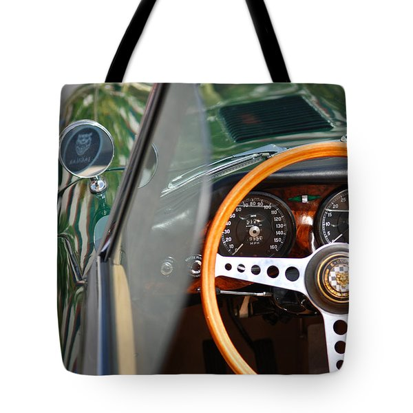 Classic Green Jaguar Artwork Tote Bag