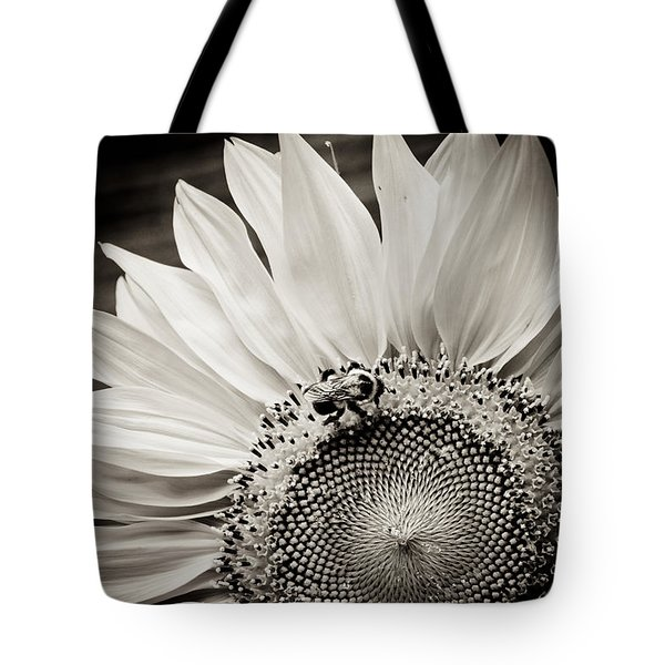 Tote Bag featuring the photograph Classic Sunflower by Sara Frank