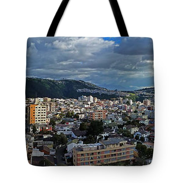 Close Of Business - Quito - Ecuador Tote Bag